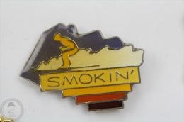 Skiing - Smokin´ - Pin Badge  #PLS - Pin