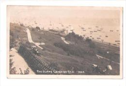 RP ESSEX LEIGH ON SEA The CLIFFS  No.1068 Nr Southend ESSEX SHOWS A BOAT ON STILTS USED - Southend, Westcliff & Leigh