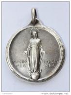 """Très Beau Pendentif Médaille Religieuse """"Vierge Marie / Pie XII - 1918-1958"""" Métal Argenté - Religious Pendant - Godsdienst & Esoterisme"""