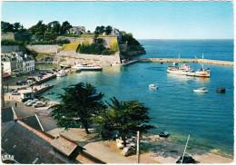 Belle-Ile-en-Mer: SIMCA 5 & 1000, CITROËN AMI & DS - BATEAU - Le Port Du Palais - Morbihan, France - Voitures De Tourisme