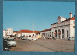 70 - VESOUL - La Gare - Voitures - Animée - Non écrite -2 Scans-10.5 X 15-CIM - Vesoul