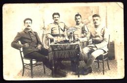 CPA-PHOTO ANCIENNE- FRANCE- ANTIBES (06)- GROUPE DE SOLDATS BUVANT UN VERRE- STUDIO MARC-OLIVER  CHEMIN DE ST-CLAUDE- - Fotos