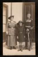 Girl Guides - Old Postcard (1922) Uniforms, Scoutism  // Pfadfinderinnen - Padvinderij