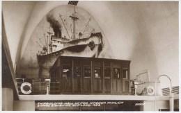 1938 SCOTLAND EXHIBITION - SHIPBUILDING HALL, UNITED KINGDOM PAVILION RP   Gls40 - Exhibitions