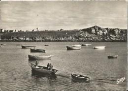PORTSALL  -  29  -  Le Port à La Croix Du GUILLIGUI - Autres Communes