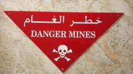 Panneau Mine Indo Algérie Afghanistan - Militaria