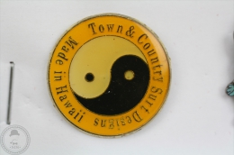 Town And Country Surf Designs Hawaii - Ying Yang - Pin Badge  #PLS - Other
