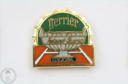 Tennis Roland Garros Cocktail Trophy - Perrier Advertising Pin Badge  #PLS - Tenis