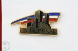 La Defense, Arthus Bertrand Paris  Pin Badge  #PLS - Arthus Bertrand