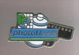 35804-Pin's. Photo.Photoflash.. - Fotografia