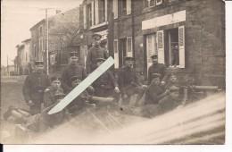 Mitrailleuses MG 08 Entrainement Au Combat De Rue Regard Des Civils  WWI Ww1 14-18 1.wk 1914-1918 Poilus - Guerre, Militaire