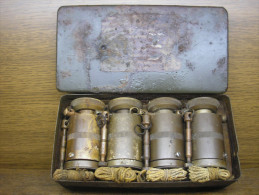 Complete Box Of Druckzünder 35 ,4 Fuzes For German AT Mine,WWII - Armes Neutralisées