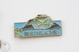 Fort De Bertheaume  - Pin Badge #PLS - Otros