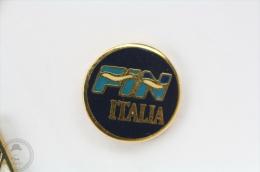 Federazione Italiana Nuoto/ Italian Swimming Federation - Small Pin Badge #PLS - Natación