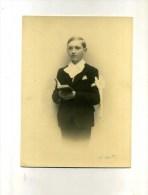 - PETIT GARCON EN COMMUNIANT . (jean Butez) .PHOTO SIGNEE AU CRAYON H. GOTTI - Identifizierten Personen