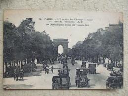 AL6- 75 - PARIS -  L'AVENUE DES CHAMPS ELYSEES ET L'ARC DE TRIOMPHE - Champs-Elysées
