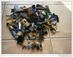 Lego Vrac Toute venant et toute pi�ce 100% Lego et figurines
