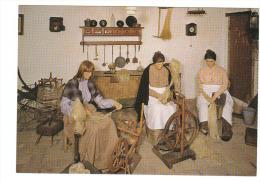 (J560) - Nationaal Vlasmuseum - Kortrijk - Hekelen En Spinnen Van Het Vlas - Kortrijk