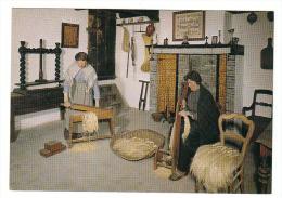 (J561) - Nationaal Vlasmuseum - Kortrijk - De Brakelaarster En Zwingelaarster (18e Eeuw) - Kortrijk