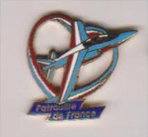 Pin´s PATROUILLE DE FRANCE - Airplanes