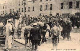Cpa 1927, Embarquement De Forçats à ST MARTIN-EN-RE, Sur L´île De Ré Sous Bonne Escorte Et Curieux  (42.53) - Bagne & Bagnards
