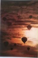Montgolfières Dans Le Ciel D´ ANNONAY (07) - Cartoline