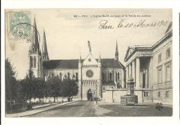 Cp, 64, Pau, L'Eglise St-Jacques Et Le Palais De Justice, Voyagée - Pau