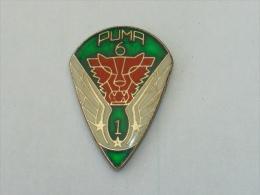 Pin's INSIGNE PUMA 6, MILITAIRE, AEROPORTE ? - Army