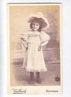 23875 Photographie Ancienne - Rennes 35 France -Photographe Gilbert Rue Alma 2 - Enfant Fillette Femme