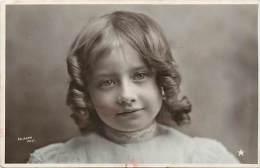 Themes - Enfants - Ref 510 - Fantaisie - Portrait De  Fillette - Fillettes - Fille - Filles  -carte Bon Etat - - Portraits