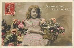 Themes - Enfants - Ref 507 - Fantaisie - De La Route Du Coeur ....  Fillette - Fillettes  - Carte Bon Etat - - Portraits
