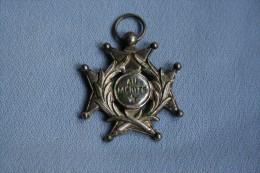 """Médaille De Récompense """"Au Mérite"""" - Militaria"""