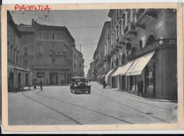 EMILIA ROMAGNA-PIACENZA-PIACENZA LARGO BATTISTI CORSO VITTORIO EMANUELE  II E AUTO D�EPOCA