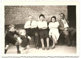 Ancienne Photo Amateur N&B Groupe Couples Enfants MOHON Charleville-Mézières Ardennes 08 Tirage Papier 1942 WW2 - Personnes Anonymes