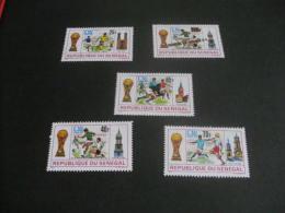 K9289- Set MNh Rep. Senegal - Worldup Football - Munich 1974 + Stamp Overpint - Coppa Del Mondo