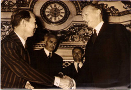 Signature Des Accords Franco-Japonais - Couve De Murville Et Torn Haguiwara -1963 - Berühmtheiten
