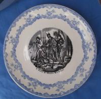 Assiette N° 6 Sacre De  Charles VII à Reims - Médaille D´Or - CHOISY LE ROI - Choisy Le Roi (FRA)