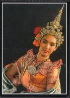THAILAND POSTCARD - Costumes Girl Dance Pose - Tailandia