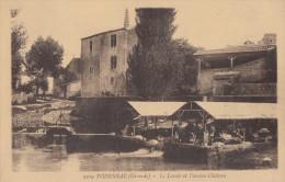 CPA - Podensac - Le Lavoir Et L'ancien Château - France