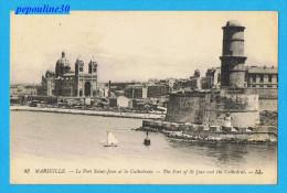 MARSEILLE (Bouches-du-Rhône) LE FORT SAINT-JEAN ET LA CATHÉDRALE. - Vieux Port, Saint Victor, Le Panier