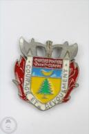 Sapeurs Pompiers, Saint - Claude, Courage Et Devouement - Fireman/ Firefighter Pin Badge #PLS - Bomberos