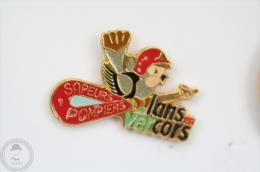 Sapeurs Pompiers Lans En Ver Cors - Fireman/ Firefighter - Pin Badge #PLS - Pompiers
