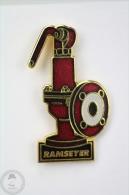 Fireman/ Firefighter Hydrant - Ramseyer - Pin Badge #PLS - Bomberos