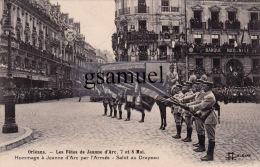 Orléans Les Fêtes De Jeanne D'Arc. 7 Et 8 Mai. Hommage à Jeanne D'Arc Par L'Armée - Salut Du Drapeau. - Orleans