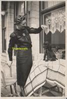 ANCIENNE PHOTO FEMME CHIEN ART DECO  ** AMATEUR SNAP SHOT LADY DOG  ** OUDE FOTO - Personnes Anonymes