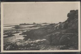 CPSM - ST JACUT DE LA MER - LE ROCHER DU SPHINX - Edition G.Artaud / N°89 - Saint-Jacut-de-la-Mer