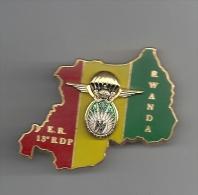 Elément De Reconnaissance Du 13ème Régiment De Dragon Parachutistes RWANDA - Badges & Ribbons