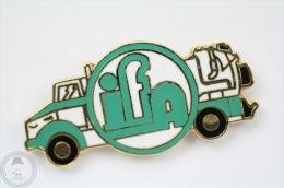 IFA Truck Pin Badge #PLS - Transportes