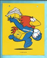FOOTBALL  AFFICHETTE En Plastique Rigide Annonçant ( En 1996 )  La Coupe Du Monde De FOOTBALL 1998  Voir Scanners - Other