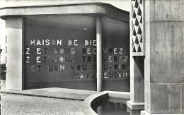62 - PAS DE CALAIS - AUDINGHEN - Eglise St PIERRE - Architecte Colladant - CPSM PF NB 1960 - Le Martex - France